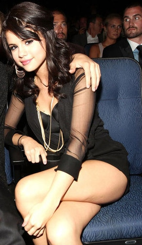 Famosas con celulitis Selena Gomez